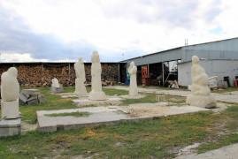 shest-skulptur-v-donmete