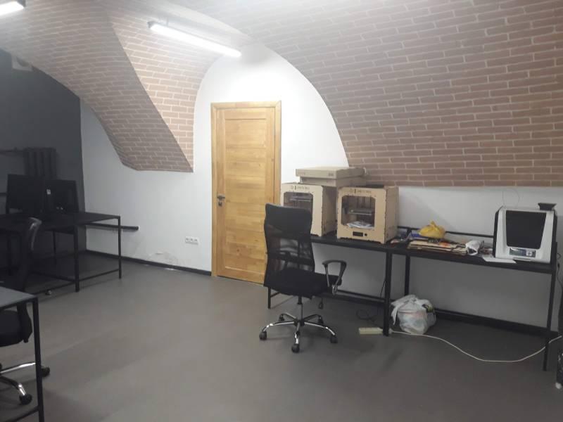 Інноваційна лабораторія-майстерня Чернігівського бізнес-хабу