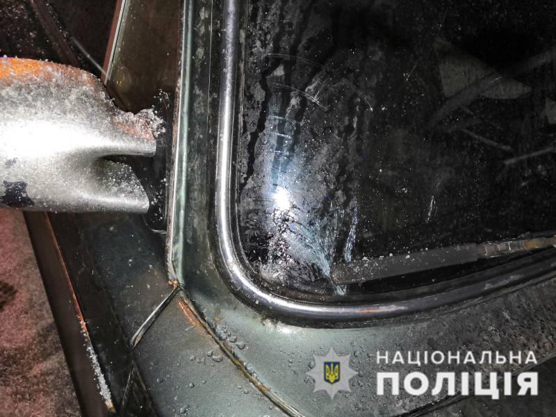ДТП у Краматорську: на автівці сліди падіння пішохода