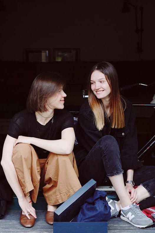 Анна Гальперіна, ініціаторка акції, та її помічниця Вікторія Куропятникова