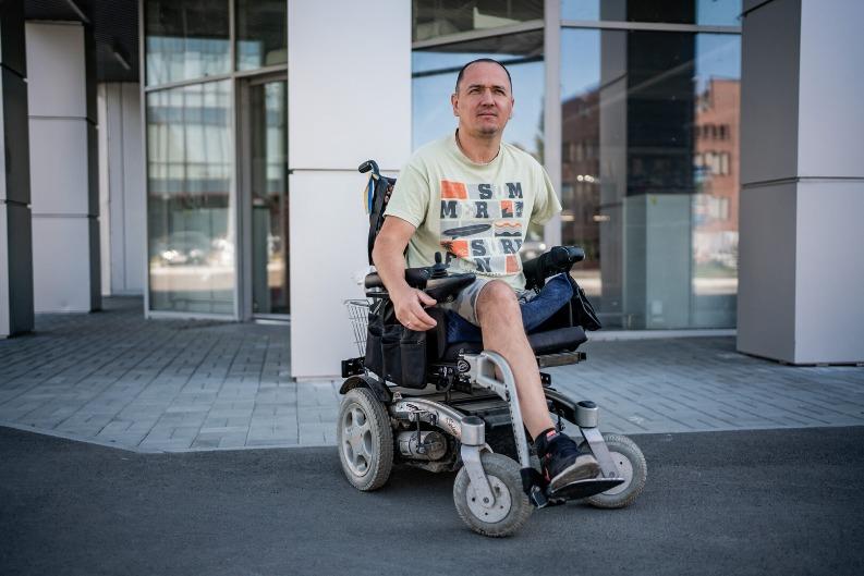 Сергій Храпко на інвалідному візку