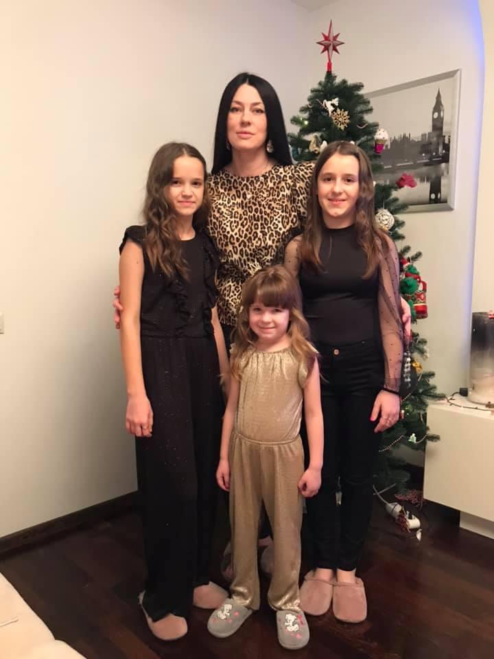 Елена Горбенко с дочерьми