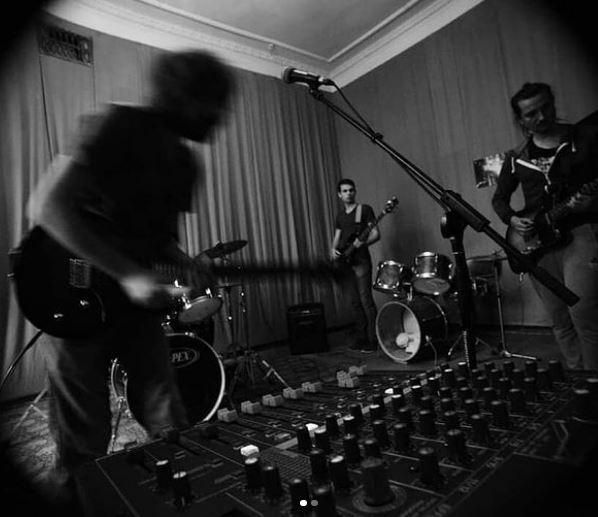 """Stoned Radio"", музичний гурт"