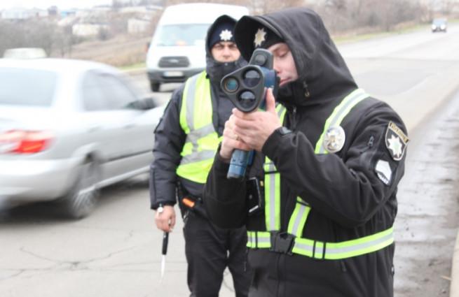 patrulnaya-policiya-trukam