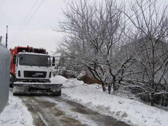 uborka-snega-zima