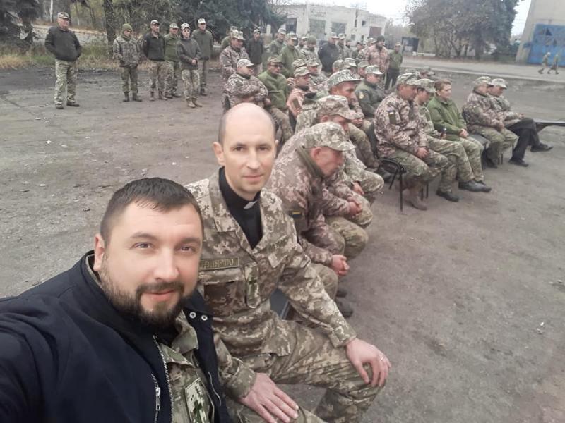 kapelani-centru-pracyuyut-z-veteranami-ato