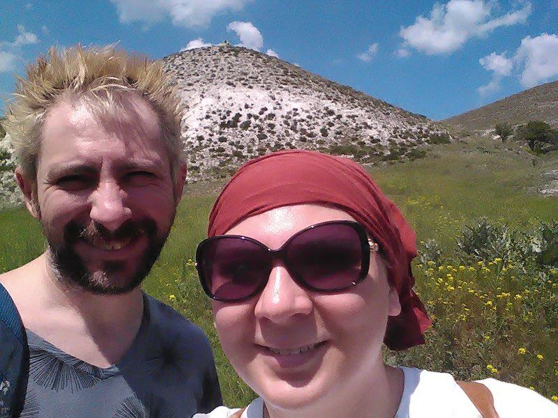 Яна и Алексей Ладыка в походе по окрестностям Краматорска